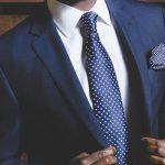 Como combinar corbata con traje