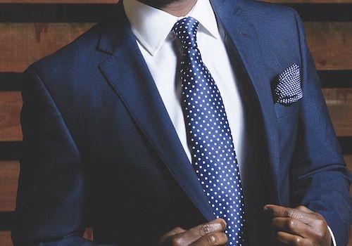 Cómo combinar un corbata con una camisa y un traje - Nudos de Corbata babfd574271
